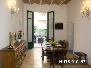 Domènech i Montaner Apartment - Barcelona vacation rentals