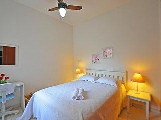 Quiet apartment near the Copacabana beach and the subway CO1008420 - Rio de Janeiro vacation rentals