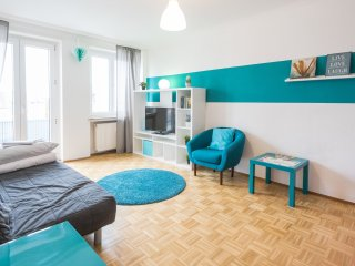 Central 2-room flat with close by Messe and Center - Frankfurt vacation rentals
