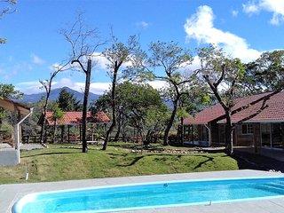 2 bedroom Resort with Housekeeping Included in Alto Boquete - Alto Boquete vacation rentals