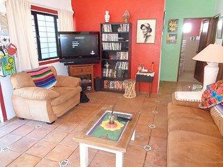 Nice 3 bedroom Barra de Navidad House with Internet Access - Barra de Navidad vacation rentals