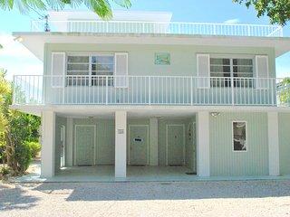Spacious 4 bedroom Islamorada House with Internet Access - Islamorada vacation rentals
