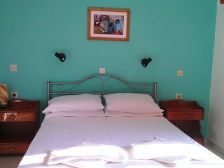 First floor Spacious Double bedroomed Apartment w/sea view at Yanna's Apartments - Peroulades vacation rentals