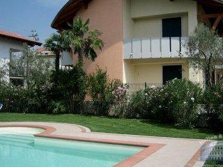 Apartment in Lake Garda : Garda / Bardolino Area Residence Annina - Colà Di Lazise vacation rentals