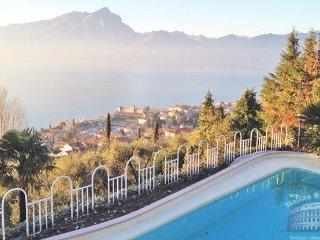 Villa in Lake Garda : Garda / Bardolino Area Villa Stupore - 1 - Torri del Benaco vacation rentals