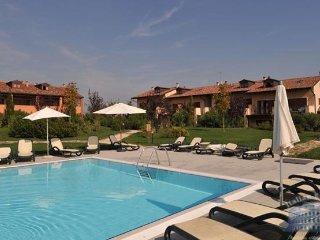 Apartment in Lake Garda : Peschiera Del Garda Area Casa Bertina - Quadri - Peschiera del Garda vacation rentals