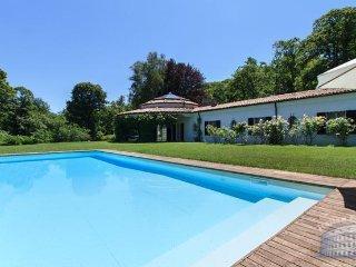 Villa in Lake Maggiore : Arona Area Villa Lagoni - Angera vacation rentals