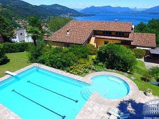 Villa in Lake Maggiore : Arona Area Villa Nebbi - Angera vacation rentals