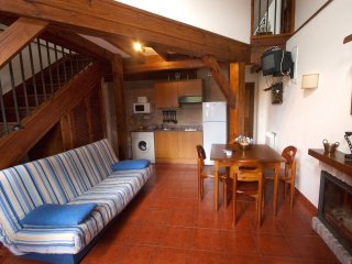 Apart. Indep. El Cueto de los Collado 4-6 People - Llanes vacation rentals