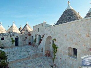Villa in Puglia : Locorotondo Area Trulli San Luca - Locorotondo vacation rentals