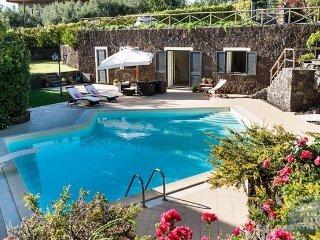 Villa in Sicily : Catania Area Villa Fiorella 4 Guests - Ragalna vacation rentals