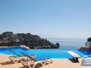 Apartment in Sicily : Catania / Taormina Area Villette Taormina - Spisone vacation rentals