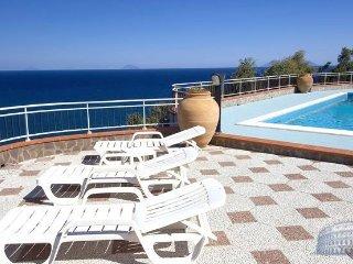 Apartment in Sicily : Messina Area Villa Messi - San Giorgio vacation rentals