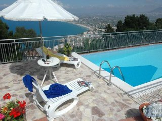 Villa in Sicily : Palermo Area Vista Sul Golfo - Castellammare del Golfo vacation rentals