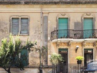 Apartment in Sicily : Syracuse Area Casa Zietta - Augusta vacation rentals