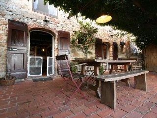 VILLA IL BASSO - Lucca vacation rentals