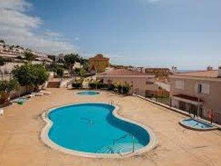 X99 Stunning views 2 bed, sleeps 4 - Puerto de Santiago vacation rentals