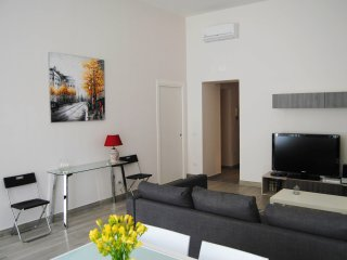 Bright Naples Apartment rental with A/C - Naples vacation rentals