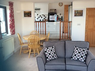Atlantic Breeze, holiday home for 2 in Carbis Bay. - Carbis Bay vacation rentals