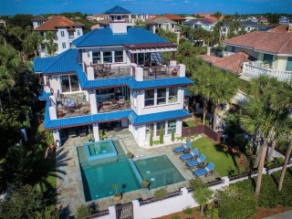 Cake By The Ocean: GULF VIEW LUXURY HOME DIRECTLY ACROSS FROM BEACH With POOL! - Miramar Beach vacation rentals