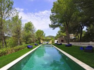Bright 6 bedroom Villa in Sant Jordi - Sant Jordi vacation rentals