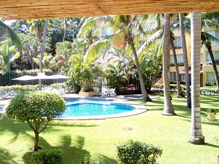 Wonderful Condo with Tennis Court and Television - Ixtapa vacation rentals