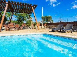 Rustic farm and family home with a guest house and saltwater pool in Sencelles - Sencelles vacation rentals