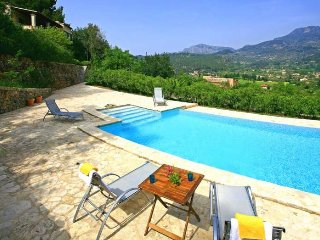 Villa in Soller with mountain views for 10 people. - Soller vacation rentals