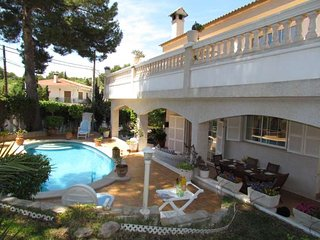Beautiful villa 500 meters from the beach with pool and BBQ - Calvia vacation rentals