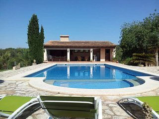 Villa with private Pool for 6 people, 4 km away from Cala d'Or - Calonge vacation rentals