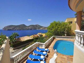 Villa in second sea line for 8 people. Camp de Mar. - Camp De Mar vacation rentals