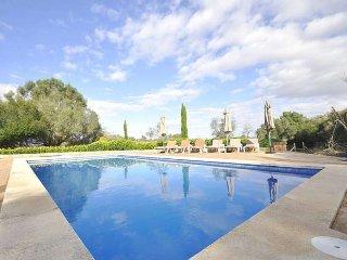 Villa for 8 people inside Mallorca. Algaida. - Algaida vacation rentals