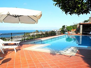 Comfortable House with Balcony and Parking - Ischia vacation rentals