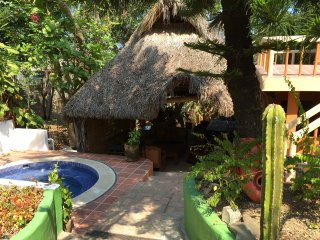 Casa le Jardín - Rustic bungalow in residential San Pancho, 10 min walk to beach - San Pancho vacation rentals