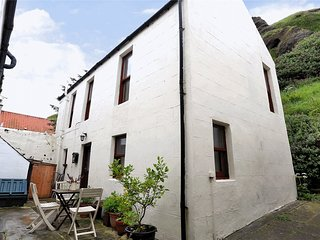 Bright 2 bedroom House in Pennan with Washing Machine - Pennan vacation rentals