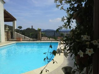 Superb quiet location, high in the hills overlooking the village of Taradeau. - Taradeau vacation rentals