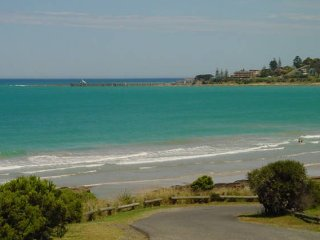 Echidna - Absolute Beach Front - Lorne vacation rentals