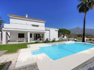 Stunning Contemporary Villa With Heated Pool and Close To Puerto Banus - Nueva Andalucia vacation rentals