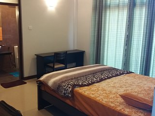 Service apt for short term rental - Colombo vacation rentals