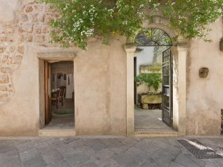 733 Apartment for rent in the old the center of Sternatia - Sternatia vacation rentals