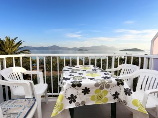 Apartments Glavor - One Bedroom Apartment with Balconies and Sea View - Drace vacation rentals