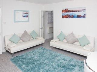 Sunnyside, Back Road East - Fisherman's Loft in St Ives - Sleeps 4 - Saint Ives vacation rentals