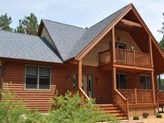 Red Pines Lodge-Family Friendly Home- Internet !! - Adams vacation rentals