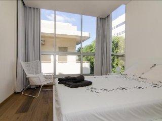 Nice 3 bedroom Condo in Jaffa - Jaffa vacation rentals