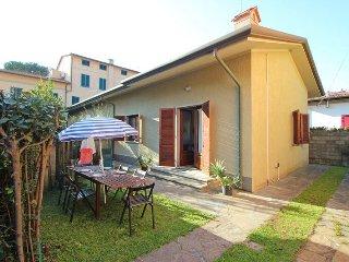 Marina Di Pietrasanta - 2311001 - Marina Di Pietrasanta vacation rentals
