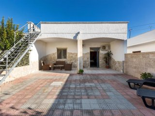 766 House Near the Beaches of Torre Lapillo - Torre Lapillo vacation rentals