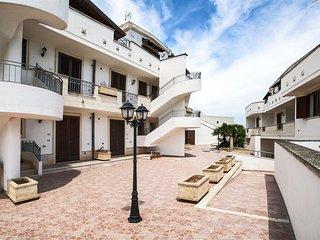 360 Apartment in a Complex in Marittima Castro - Marittima vacation rentals