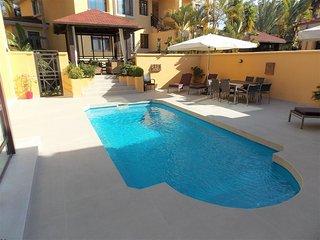 4 bedroom villa in Bahia de Banus, Puerto Banus - Puerto José Banús vacation rentals