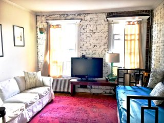 Heart of East Village Lots of Light 1BR 37m2 - New York City vacation rentals