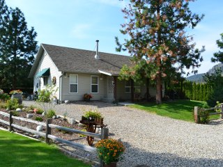 Cottage at the Pool Side Retreat - Peachland vacation rentals